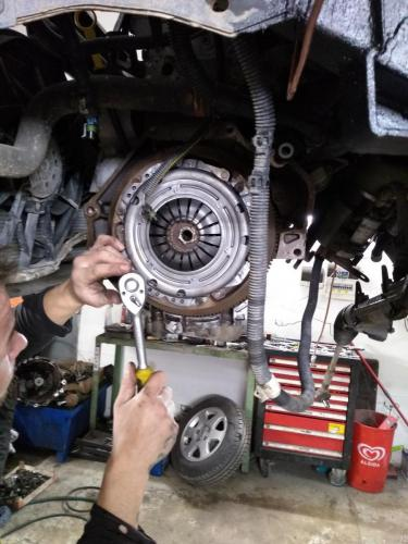 Foto EPH oprava auta