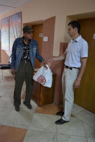 Ukrajina zbierka potravín Caritas Uzhorod (33)