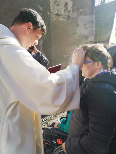 Viera v Pána uzdravuje (4)